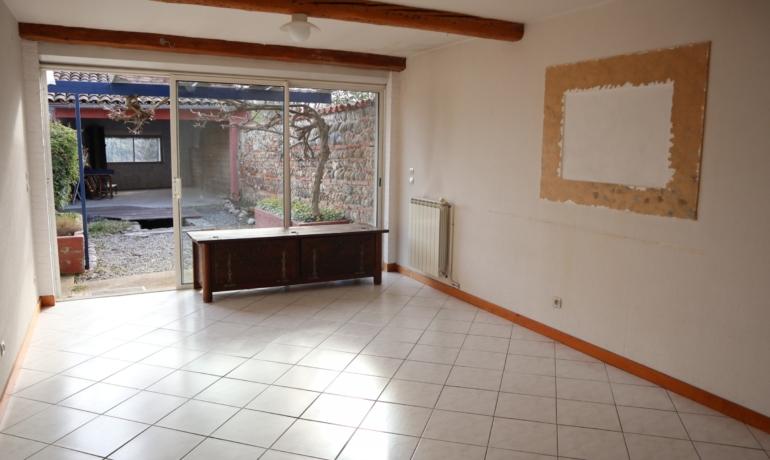 EXCLUSIVITÉ- Maison de ville 3 pièces-2 grands garages+jardinet