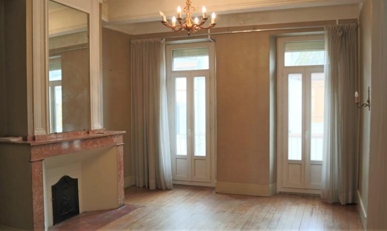 Maison agréable  8 spacieuses pièces – jardin de curé- garage 100 m² avec vue sur Garonne