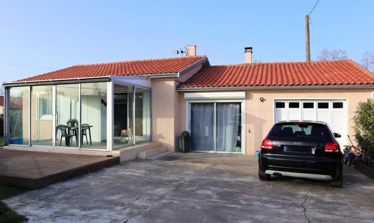 Maison de plain pied 94m² avec garage et pièce indépendante
